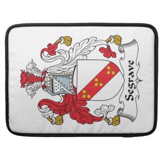 Escudo de la familia de Segrave Funda Para Macbooks