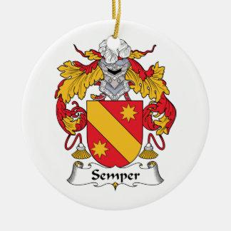 Escudo de la familia de Semper Adorno De Reyes
