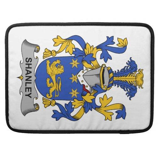 Escudo de la familia de Shanley Funda Para Macbook Pro