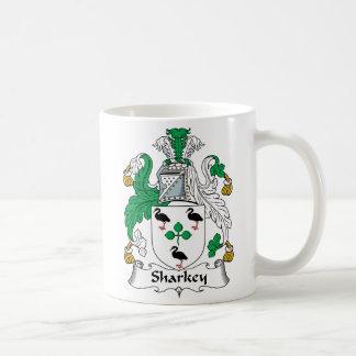 Escudo de la familia de Sharkey Taza Clásica