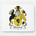 Escudo de la familia de Sherman Alfombrillas De Ratón