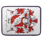 Escudo de la familia de Skal Fundas Para Macbooks