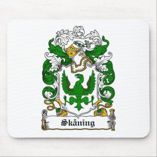 Escudo de la familia de Skaning Alfombrillas De Raton