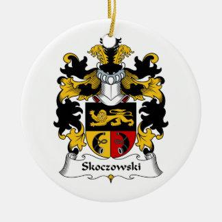Escudo de la familia de Skoczowski Ornamento De Navidad