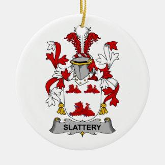 Escudo de la familia de Slattery Adorno Redondo De Cerámica