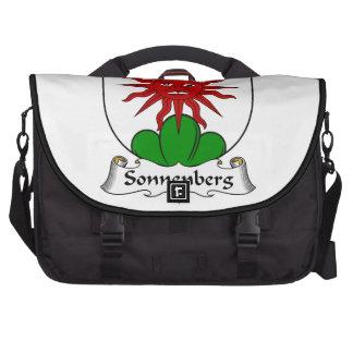 Escudo de la familia de Sonnenberg Bolsas De Ordenador
