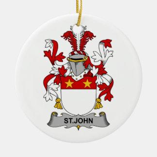 Escudo de la familia de St. John Adorno Navideño Redondo De Cerámica