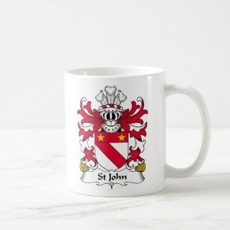 Escudo de la familia de St John Taza Básica Blanca