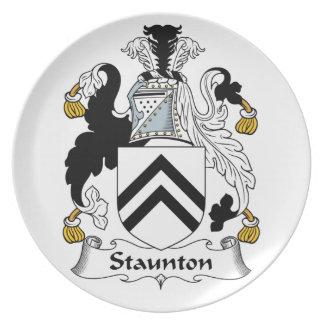 Escudo de la familia de Staunton Plato