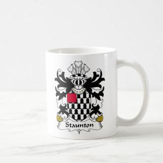 Escudo de la familia de Staunton Taza Clásica