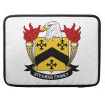 Escudo de la familia de Stearns Funda Macbook Pro