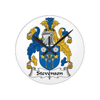 Escudo de la familia de Stevenson Reloj Redondo Mediano