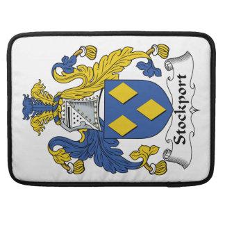 Escudo de la familia de Stockport Funda Para Macbook Pro