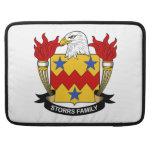 Escudo de la familia de Storrs Funda Para Macbooks