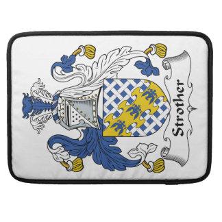Escudo de la familia de Strother Funda Para Macbooks