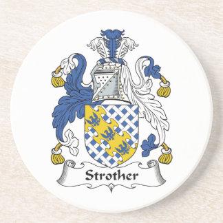 Escudo de la familia de Strother Posavasos Para Bebidas