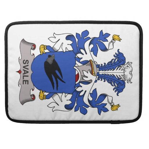Escudo de la familia de Svale Fundas Para Macbook Pro