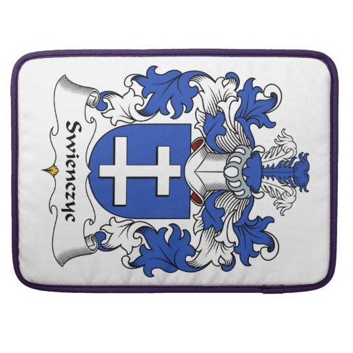 Escudo de la familia de Swienczyc Fundas Macbook Pro