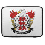 Escudo de la familia de Tasker Fundas Para Macbooks