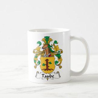 Escudo de la familia de Taube Taza Básica Blanca