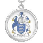 Escudo de la familia de Thetford Colgantes