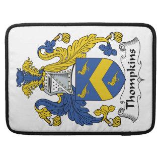 Escudo de la familia de Thompkins Funda Macbook Pro