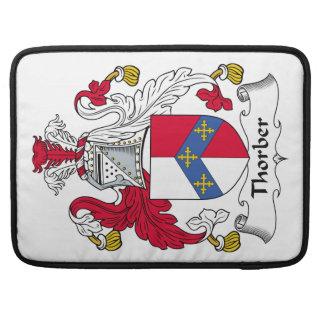 Escudo de la familia de Thorber Fundas Para Macbook Pro