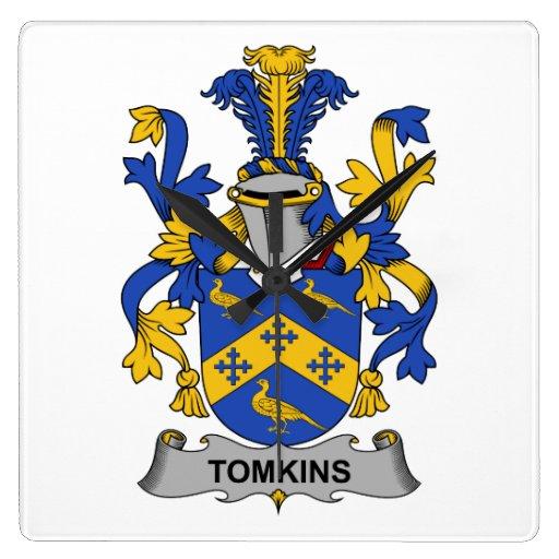 Escudo de la familia de Tomkins Relojes De Pared