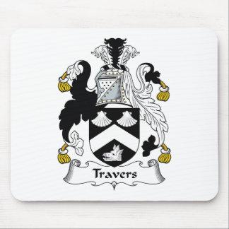 Escudo de la familia de Travers Alfombrillas De Raton