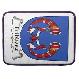 Escudo de la familia de Tribberg Fundas Para Macbooks