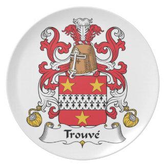 Escudo de la familia de Trouve Platos