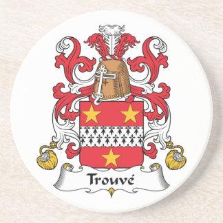 Escudo de la familia de Trouve Posavasos De Arenisca
