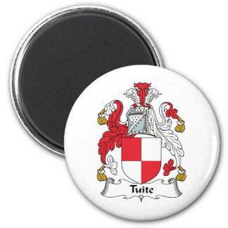 Escudo de la familia de Tuite Iman De Nevera