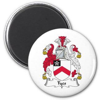 Escudo de la familia de Tyes Imán Redondo 5 Cm