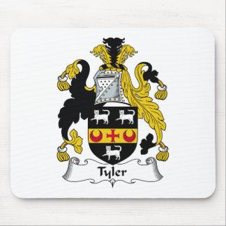 Escudo de la familia de Tyler Mousepads