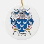 Escudo de la familia de Ulveira Ornamento Para Arbol De Navidad