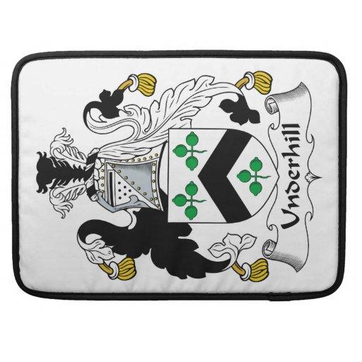 Escudo de la familia de Underhill Fundas Macbook Pro