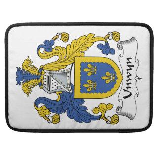 Escudo de la familia de Unwyn Funda Para Macbook Pro