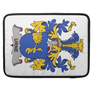 Escudo de la familia de Urne Funda Para Macbooks