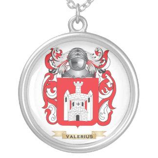 Escudo de la familia de Valerius escudo de armas Collar Personalizado