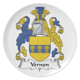 Escudo de la familia de Vernon Plato