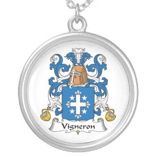 Escudo de la familia de Vigneron Pendiente Personalizado