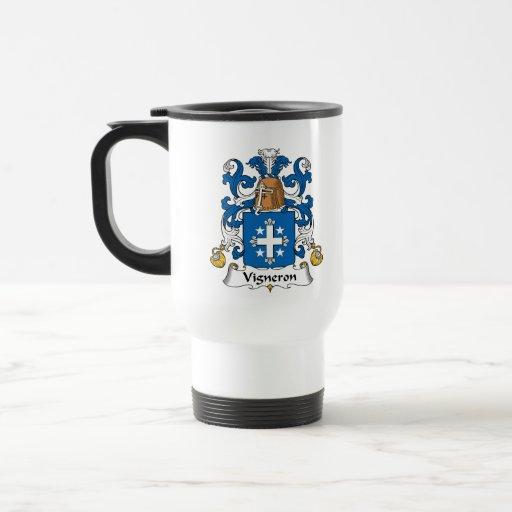 Escudo de la familia de Vigneron Tazas De Café