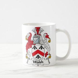 Escudo de la familia de Walsh Tazas De Café