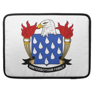 Escudo de la familia de Winterbotham Funda Macbook Pro