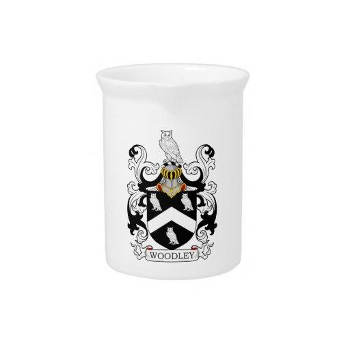 Escudo de la familia de Woodley Jarra Para Bebida