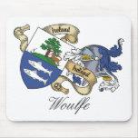 Escudo de la familia de Woulfe Tapetes De Ratones