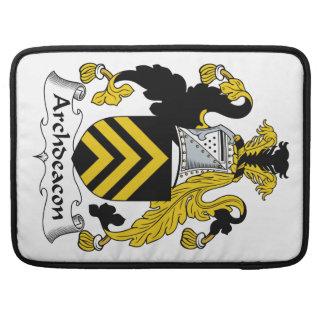 Escudo de la familia del arcediano fundas para macbook pro