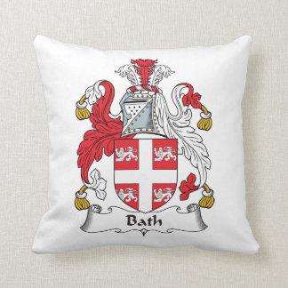 Escudo de la familia del baño almohada