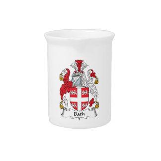 Escudo de la familia del baño jarras de beber